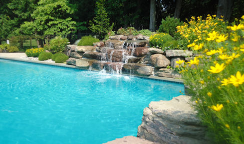 residential-pool-landscaping